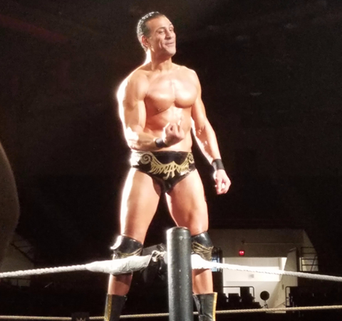 Alberto Del Rio Gives The Middle Finger At A WWE Live Event