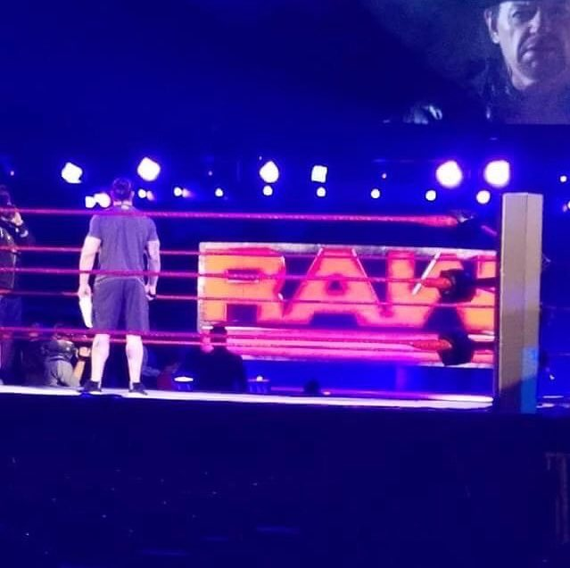 Photo Of The Undertaker & Roman Reigns Rehearsing Their Segment Before Tonight's Raw (Raw before WrestleMania 33)