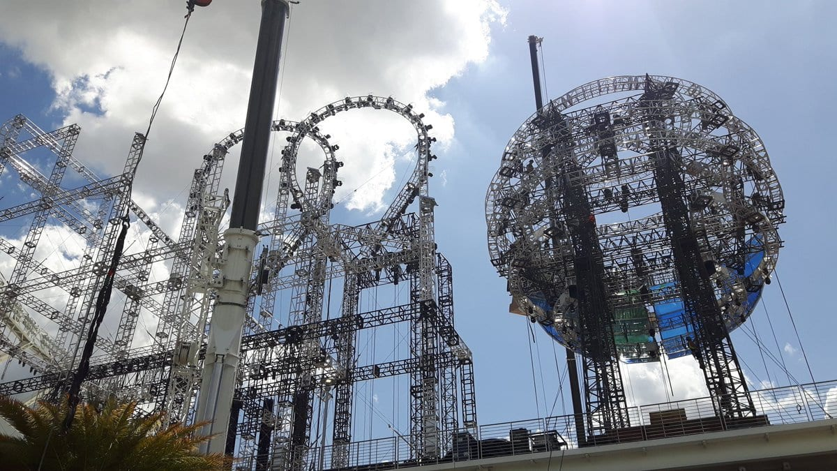 Photos of a Roller Coaster being a part of the WrestleMania 33 set - 2
