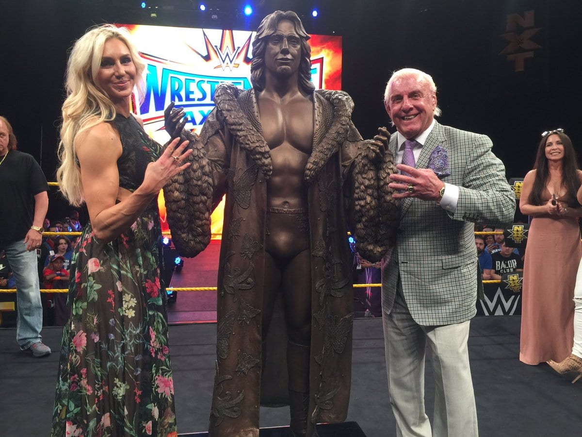 Ric Flair Statue Revealed At WrestleMania 33 Axxess