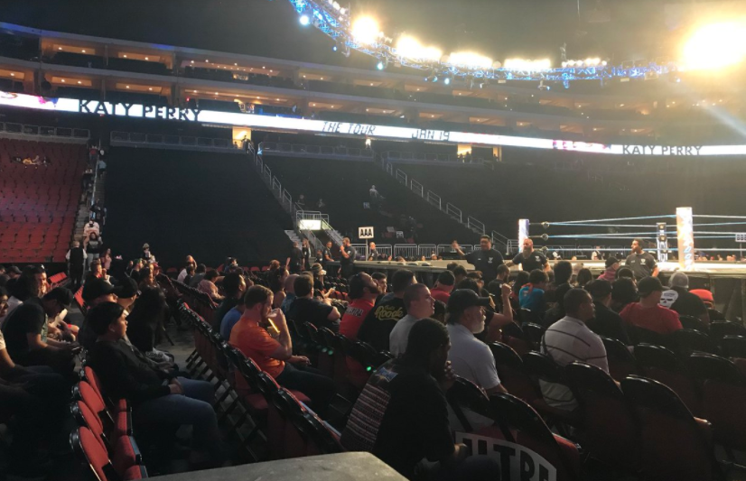Low SmackDown Live Attendance Issue Continues