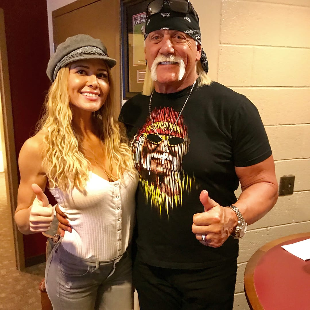 Torrie Wilson & Hulk Hogan
