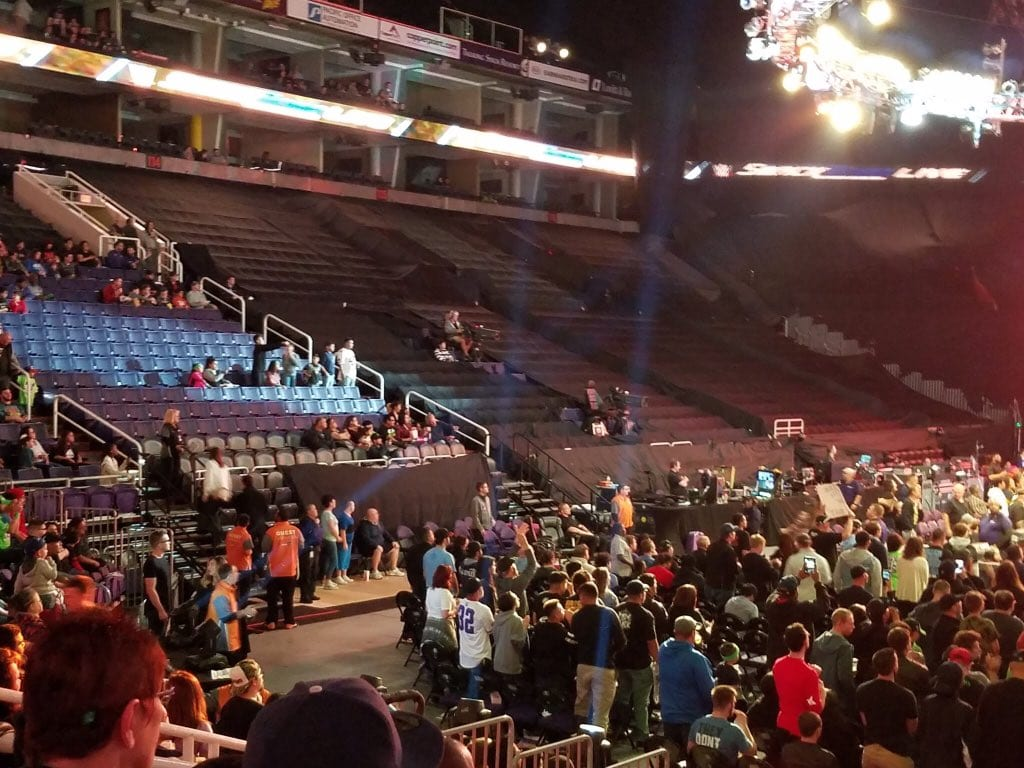 Low SmackDown Live Attendance 2018 - 1