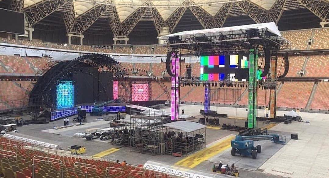 Greatest Royal Rumble Stage & Set