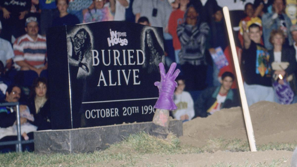 The Undertaker Hand Out Of The Grave Buried Alive 1996
