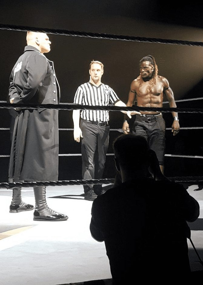 WALTER vs. R-Truth - WWE Live Event 2019