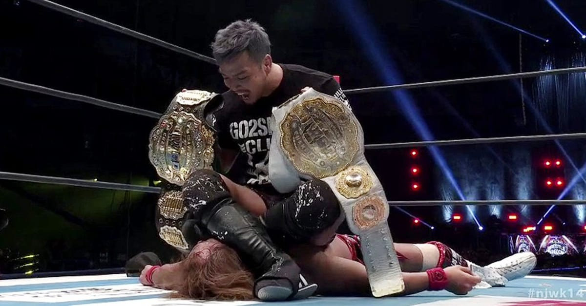 Kenta attacks new IWGP Heavyweight Champion Tetsuya Naito at NJPW Wrestle Kingdom 14