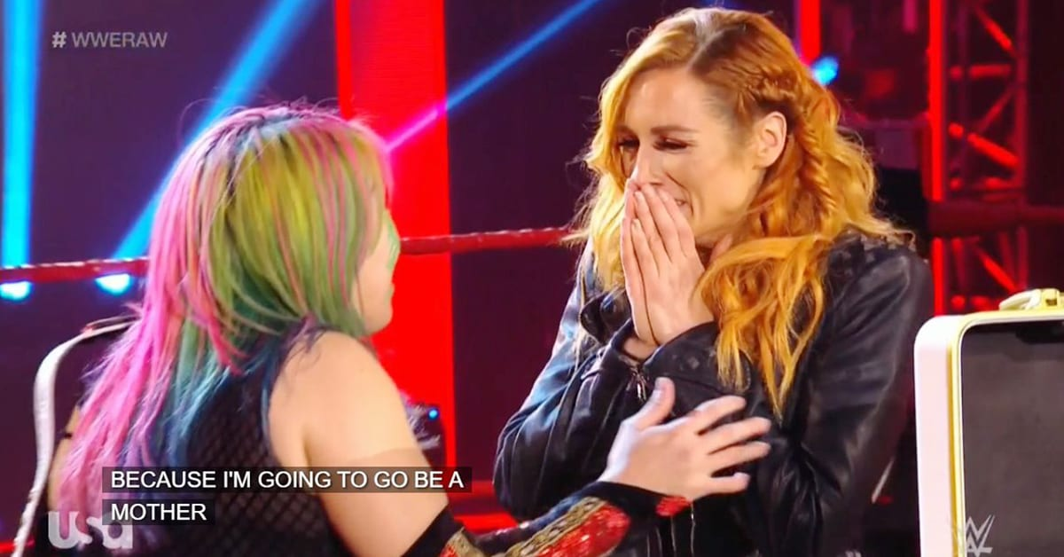 Becky Lynch announces pregnancy on RAW, Asuka is the RAW Women's Champion