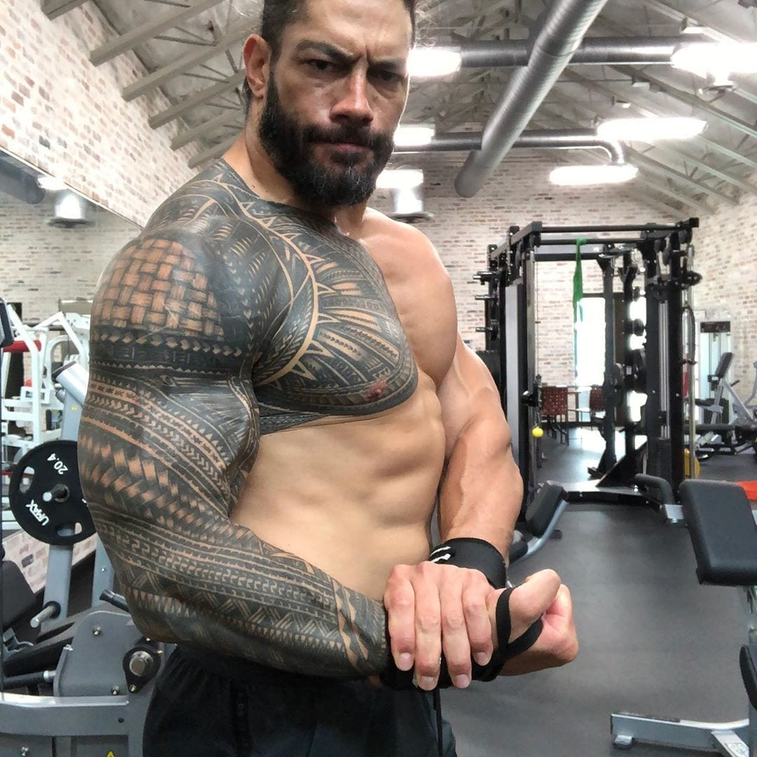 Roman Reigns Ripped Jacked Muscular Physique Muscles Arms Biceps Triceps Shoulders Traps Chest Abs Physique July 2020