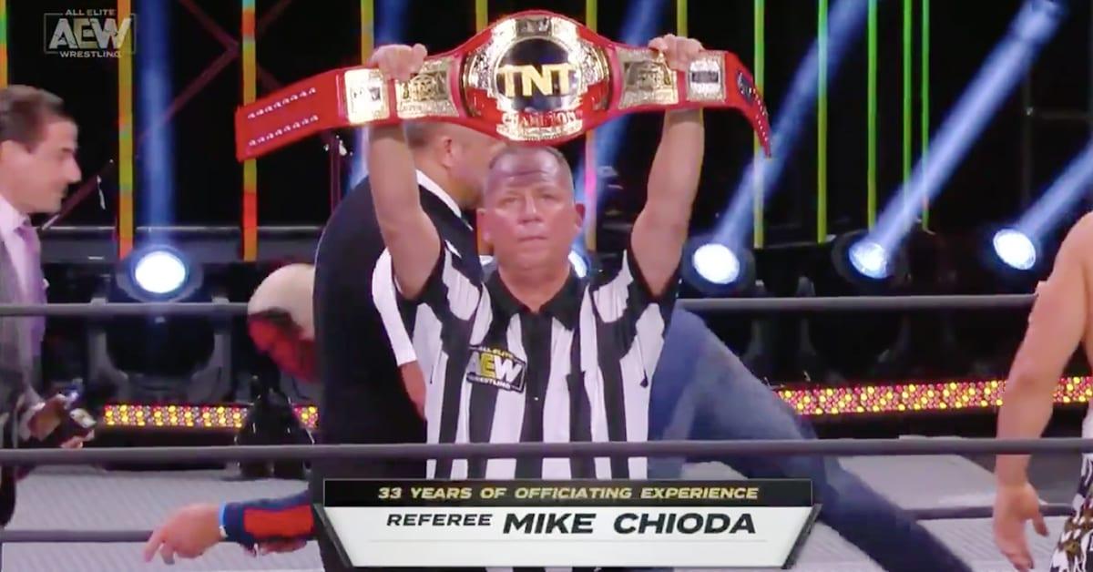 Mike Chioda AEW Referee TNT Championship Match