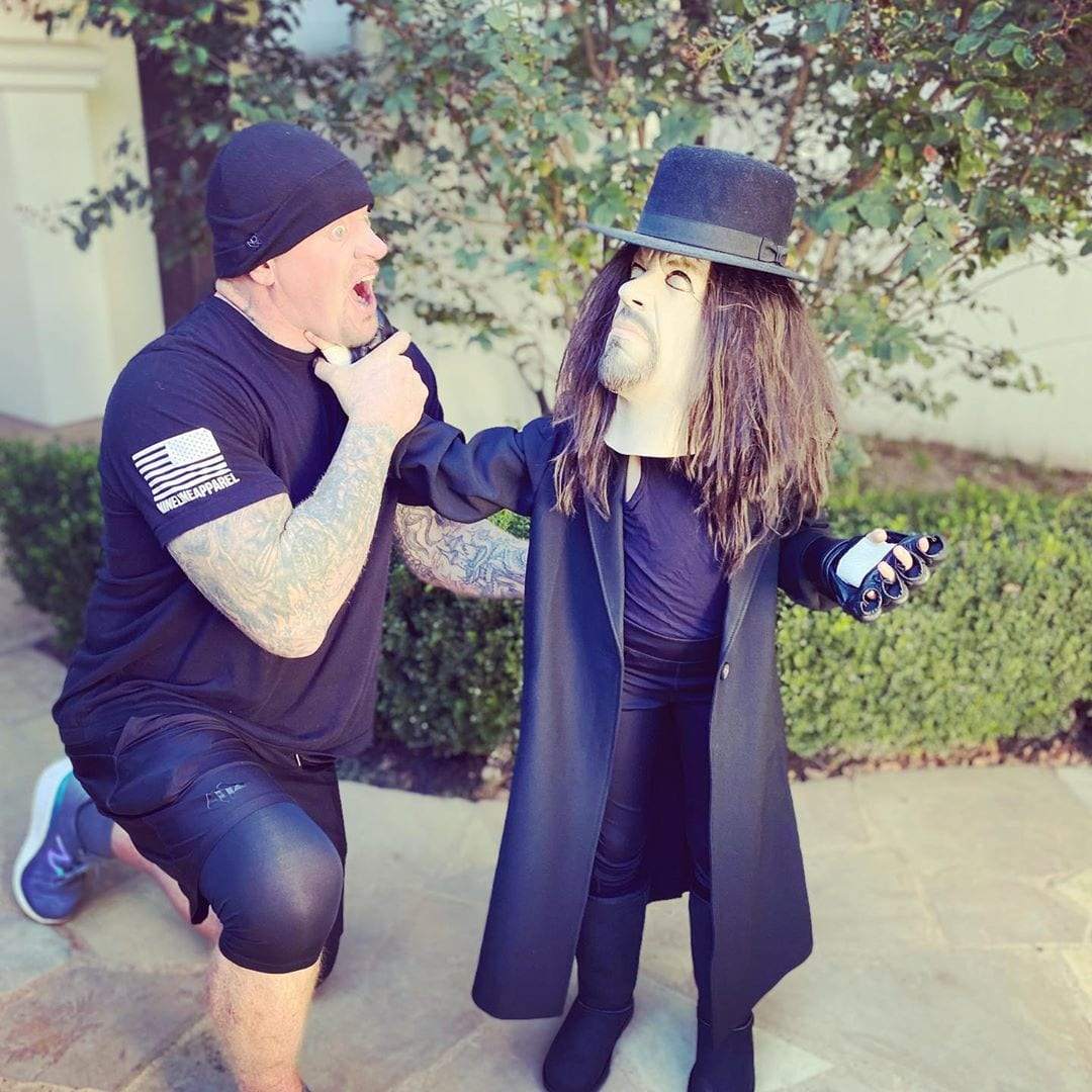 The Undertaker's Daughter Kaia Dresses Up As Her Father For Halloween 2020 - 1