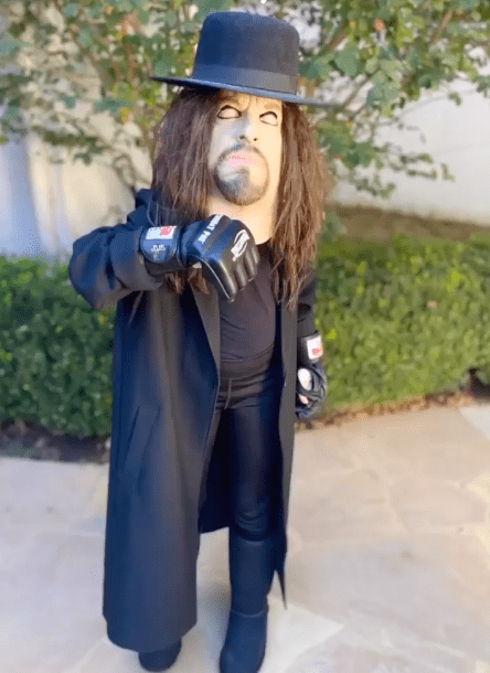 The Undertaker's Daughter Kaia Dresses Up As Her Father For Halloween 2020 - 2