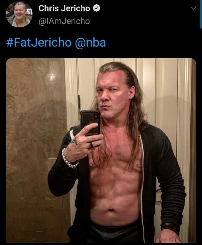 Chris Jericho Shows Off His Abs To Shut Up NBA Fans Who Fat Shamed Him
