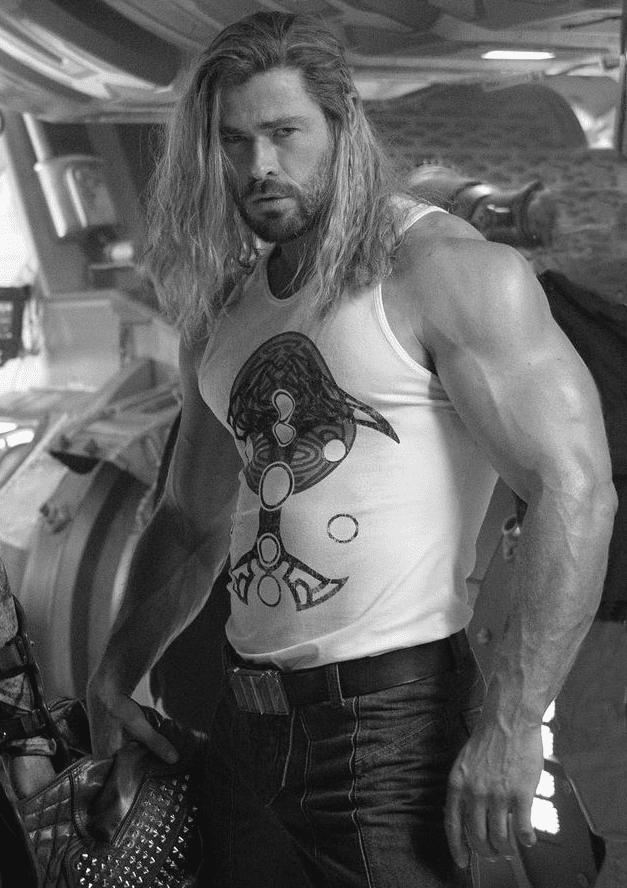 Chris Hemsworth Long Hair Big Arms Muscles